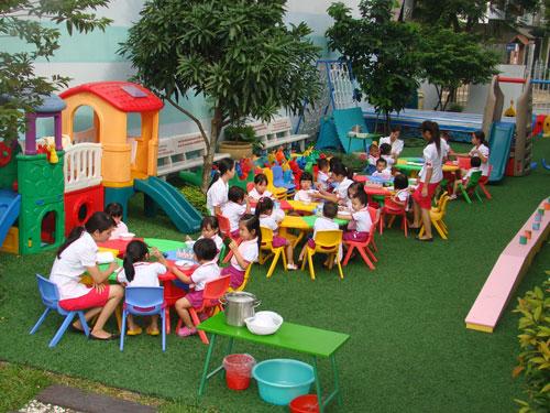 Sân chơi của trường Mầm non Hồ Tùng Mậu