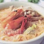 Cách làm món bún tôm chua cay bằng nồi phở điện