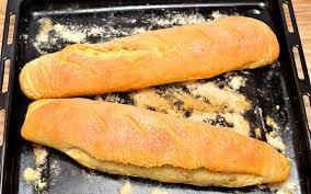 Bánh mì que nước Pháp