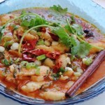 Nấu súp cá cay xì xụp ngày lạnh
