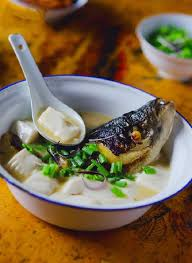 Canh cá chép đậu phụ