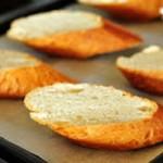 Cách làm bánh mì nướng ngon ngon
