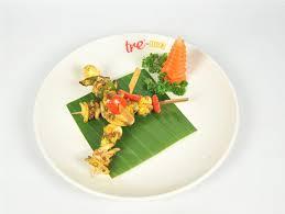Râu bạch tuộc nướng rau củ