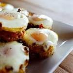 Trứng nướng khoai tây bằng lò nướng bánh mì ngon miễn chê