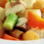 Thay đổi khẩu vị với món canh hải sâm bằng nồi phở điện