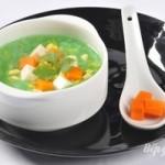 Chế biến món súp cốm xanh bằng nồi nấu phở