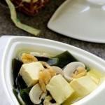 Làm mới vị giác với món canh đậu hũ rong biển bằng nồi nấu phở