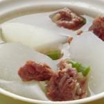 Thử sức với món canh củ cải thịt bò bằng nồi nấu phở