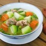 Cách làm món canh chua chanh thịt gà bằng nồi nấu phở