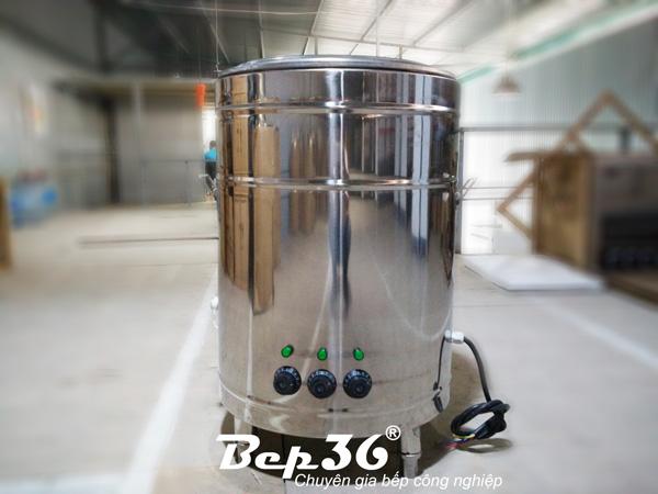 Hình ảnh tổng thể bên ngoài nồi nấu phở 100 lít một trong những sản phẩm thuộc dòng nồi phở inox đa năng chất lượng cao của Bếp 36