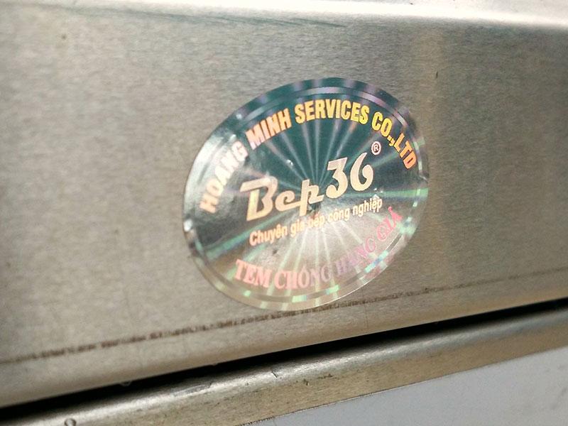 Tem nồi chống hàng giả được dán trên các thiết bị Bếp 36